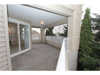 Photo 9: 104 4770 52A Street in Ladner: Delta Manor Condo for sale : MLS®# V982183