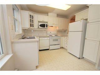 Photo 4: 104 4770 52A Street in Ladner: Delta Manor Condo for sale : MLS®# V982183