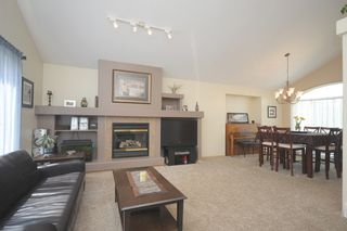 Photo 14: 120 Elm Drive: Oakbank Single Family Detached for sale (RM Springfield)  : MLS®# 1316047
