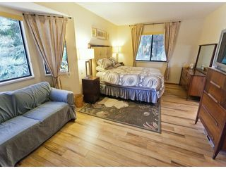 "Photo 8: 5915 BOUNDARY Place in Surrey: Panorama Ridge House for sale in ""BOUNDARY PARK"" : MLS®# F1325134"
