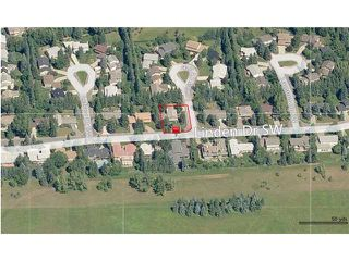 Photo 4: 2806 LINDEN Drive SW in CALGARY: Lakeview Village Residential Detached Single Family for sale (Calgary)  : MLS®# C3598346