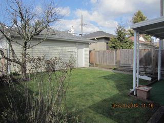 "Photo 8: 8511 LAUREL Street in Vancouver: Marpole House 1/2 Duplex for sale in ""MARPOLE"" (Vancouver West)  : MLS®# V1054278"