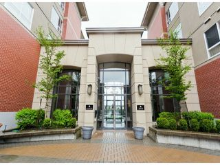 "Photo 14: 110 2970 KING GEORGE Boulevard in Surrey: King George Corridor Condo for sale in ""WATERMARK"" (South Surrey White Rock)  : MLS®# F1409376"