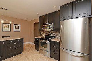 Photo 8: 5223 Broughton Crest in Burlington: Appleby House (Sidesplit 3) for sale : MLS®# W2925030