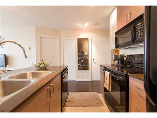 Photo 5: 2901 909 MAINLAND Street in Vancouver: Yaletown Condo for sale (Vancouver West)  : MLS®# V1098557