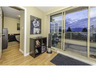 Photo 4: 408 1099 E BROADWAY in Vancouver: Mount Pleasant VE Condo for sale (Vancouver East)  : MLS®# V1099206