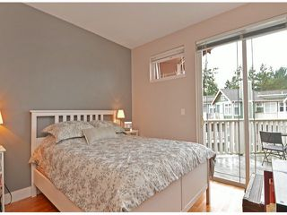 "Photo 9: 404 15368 16A Avenue in Surrey: King George Corridor Condo for sale in ""OCEAN BAY VILLAS"" (South Surrey White Rock)  : MLS®# F1430161"