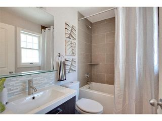 Photo 19: 1049 REGAL Crescent NE in Calgary: Renfrew_Regal Terrace House for sale : MLS®# C4013292