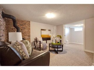 Photo 26: 1049 REGAL Crescent NE in Calgary: Renfrew_Regal Terrace House for sale : MLS®# C4013292