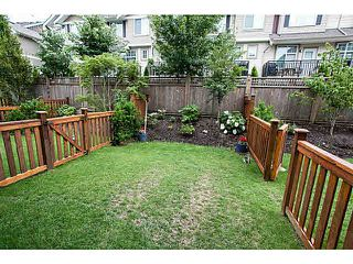 "Photo 16: 20 3039 156 Street in Surrey: Grandview Surrey Townhouse for sale in ""NICHE"" (South Surrey White Rock)  : MLS®# F1445267"