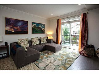 "Photo 2: 20 3039 156 Street in Surrey: Grandview Surrey Townhouse for sale in ""NICHE"" (South Surrey White Rock)  : MLS®# F1445267"