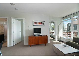 """Photo 3: 805 1133 HOMER Street in Vancouver: Yaletown Condo for sale in """"H&H"""" (Vancouver West)  : MLS®# V1142665"""