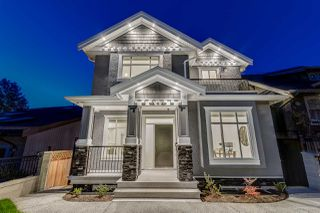 Main Photo: 2609 E 4TH Avenue in Vancouver: Renfrew VE House for sale (Vancouver East)  : MLS®# R2009489