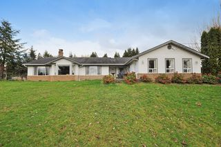 Photo 1: 2752 BRADNER Road in Abbotsford: Aberdeen House for sale : MLS®# R2040855