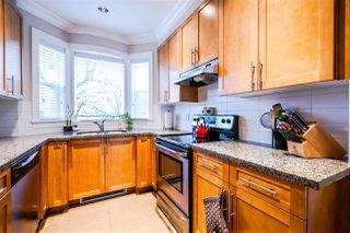 Photo 2: 1382 E 27TH Avenue in Vancouver: Knight Townhouse for sale (Vancouver East)  : MLS®# R2072288