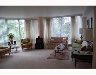 Photo 3: 312 688 FAIRCHILD Drive: Oakridge VW Home for sale ()  : MLS®# V717178