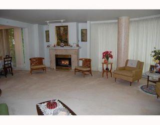 Photo 4: 312 688 FAIRCHILD Drive: Oakridge VW Home for sale ()  : MLS®# V717178