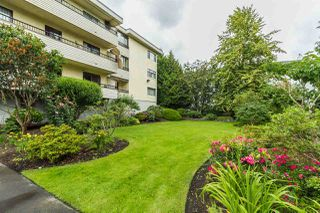 "Photo 3: 304 20460 54 Avenue in Langley: Langley City Condo for sale in ""Wheatcroft Manor"" : MLS®# R2102259"