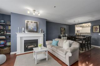 """Photo 4: 204 2340 HAWTHORNE Avenue in Port Coquitlam: Central Pt Coquitlam Condo for sale in """"BARRINGTON PLACE"""" : MLS®# R2121833"""