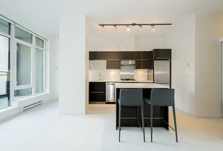 "Photo 3: 203 1252 HORNBY Street in Vancouver: Downtown VW Condo for sale in ""PURE"" (Vancouver West)  : MLS®# R2134609"