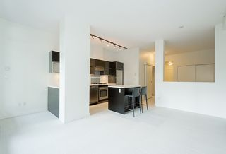 "Photo 2: 203 1252 HORNBY Street in Vancouver: Downtown VW Condo for sale in ""PURE"" (Vancouver West)  : MLS®# R2134609"