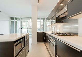 "Photo 9: 203 1252 HORNBY Street in Vancouver: Downtown VW Condo for sale in ""PURE"" (Vancouver West)  : MLS®# R2134609"