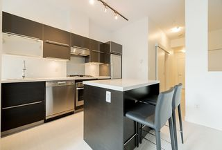 "Photo 6: 203 1252 HORNBY Street in Vancouver: Downtown VW Condo for sale in ""PURE"" (Vancouver West)  : MLS®# R2134609"