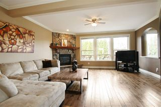 Photo 2: 7190 197B Street in Langley: Willoughby Heights House for sale : MLS®# R2135153