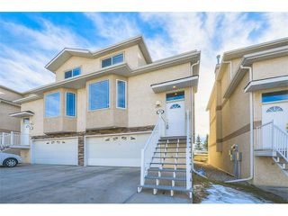 Main Photo: 73 Country Hills Gardens NW in Calgary: Country Hills House for sale : MLS®# C4099326
