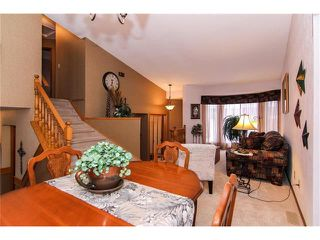 Photo 11: 139 MCKERRELL Way SE in Calgary: McKenzie Lake House for sale : MLS®# C4102134