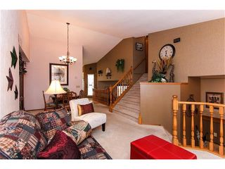 Photo 8: 139 MCKERRELL Way SE in Calgary: McKenzie Lake House for sale : MLS®# C4102134