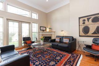 Photo 3: 5 118 Dallas Rd in VICTORIA: Vi James Bay Row/Townhouse for sale (Victoria)  : MLS®# 752886