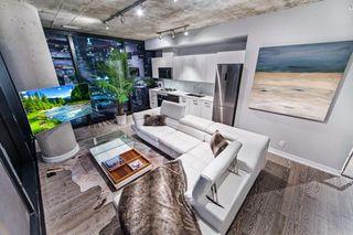 Photo 3: 2306 11 Charlotte Street in Toronto: Waterfront Communities C1 Condo for sale (Toronto C01)  : MLS®# C3751881