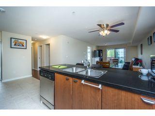 "Photo 4: 301 10092 148 Street in Surrey: Guildford Condo for sale in ""BLOOMSBURY COURT"" (North Surrey)  : MLS®# R2165038"