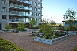 "Photo 2: 1005 888 CARNARVON Street in New Westminster: Downtown NW Condo for sale in ""MARINUS"" : MLS®# R2186786"
