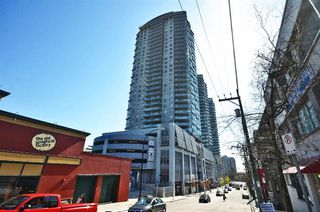 "Photo 1: 1005 888 CARNARVON Street in New Westminster: Downtown NW Condo for sale in ""MARINUS"" : MLS®# R2186786"