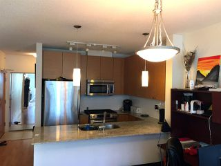 Photo 3: 1001 400 CAPILANO ROAD in Port Moody: Port Moody Centre Condo for sale : MLS®# R2191691