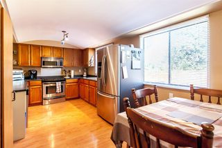 Photo 6: 1901 TYLER Avenue in Port Coquitlam: Lower Mary Hill House for sale : MLS®# R2198963