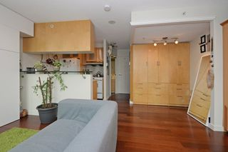 """Photo 8: 1505 1003 BURNABY Street in Vancouver: West End VW Condo for sale in """"MILANO"""" (Vancouver West)  : MLS®# R2202748"""