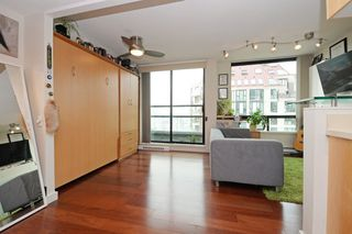 """Photo 6: 1505 1003 BURNABY Street in Vancouver: West End VW Condo for sale in """"MILANO"""" (Vancouver West)  : MLS®# R2202748"""
