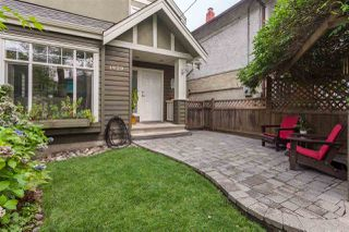 """Photo 3: 1929 CHARLES Street in Vancouver: Grandview VE House 1/2 Duplex for sale in """"COMMERCIAL DRIVE"""" (Vancouver East)  : MLS®# R2204079"""