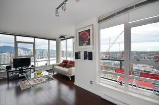 Photo 10: 3503 928 Beatty Street in Vancouver: Yaletown Condo for sale (Vancouver West)  : MLS®# R2212258