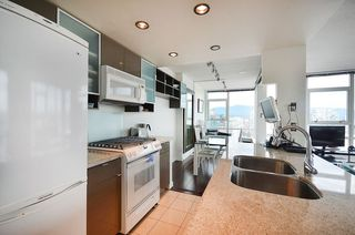 Photo 11: 3503 928 Beatty Street in Vancouver: Yaletown Condo for sale (Vancouver West)  : MLS®# R2212258