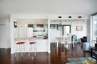 Photo 9: 3503 928 Beatty Street in Vancouver: Yaletown Condo for sale (Vancouver West)  : MLS®# R2212258