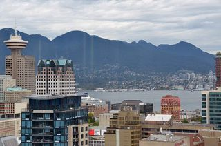 Photo 1: 3503 928 Beatty Street in Vancouver: Yaletown Condo for sale (Vancouver West)  : MLS®# R2212258