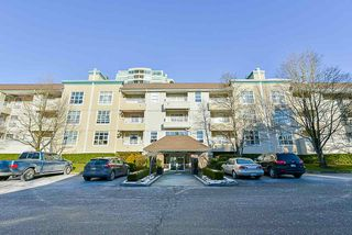 """Photo 3: 106 10038 150 Street in Surrey: Guildford Condo for sale in """"Mayfield Green"""" (North Surrey)  : MLS®# R2229224"""