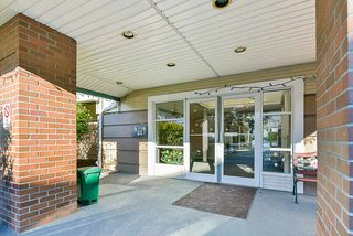 """Photo 4: 106 10038 150 Street in Surrey: Guildford Condo for sale in """"Mayfield Green"""" (North Surrey)  : MLS®# R2229224"""