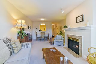 """Photo 9: 106 10038 150 Street in Surrey: Guildford Condo for sale in """"Mayfield Green"""" (North Surrey)  : MLS®# R2229224"""