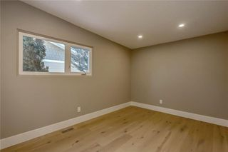 Photo 27: 4911 VANSTONE Road NW in Calgary: Varsity House for sale : MLS®# C4162409