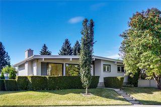 Photo 2: 4911 VANSTONE Road NW in Calgary: Varsity House for sale : MLS®# C4162409